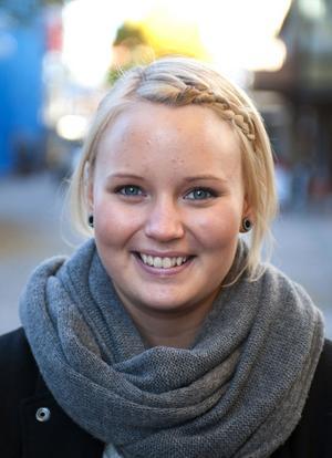 Sofie Lövqvist, 19, servitris, Borlänge– Ja, det är det faktiskt. Det är ett jättebra band.