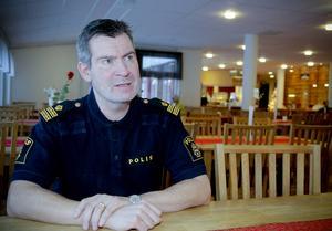 100 procent Östersund har träffat polisen Per Thelin. Han berättar att cykelstölder ökar kraftigt under sommaren.   Arkivbild: Olof Sjödin