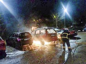 Bilbränderna är inte det värsta, påpekar skribenten.