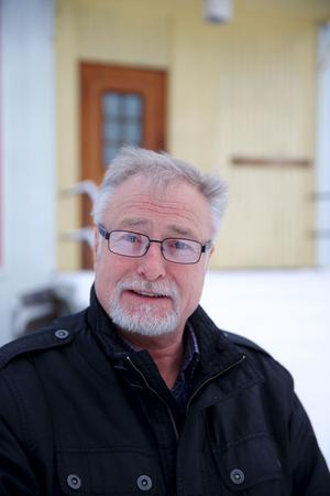 Räddningstjänsten ska få ökade möjligheter att rädda liv tack vare grannarnas hjälp. Tidigare säkerhetschefen på ABB, Björn Flinth, leder projektet där bland annat räddningstjänsten ingår.