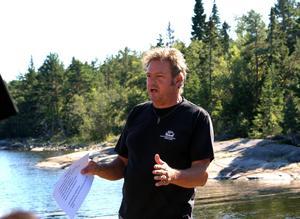 Lennarth Högberg är en av de fältmarinarkeologer som undersökt skeppet på Åstön.
