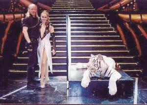 Michael Macklin, Tina Macklin med Raja på Malaysia 1998.
