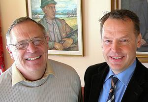 Björn Bergkvist - här tillsammans med Ulf Bergkvist - är förste kapten på ångvarpbåten Siljan som tillhör Bergkvist-Insjön AB.