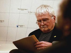 Erik Rääf har förgäves sökt efter mer material om författaren Ingemar Berglund och redovisade nu det han själv minns och har bevarat i form av enstaka kopior och urklipp.