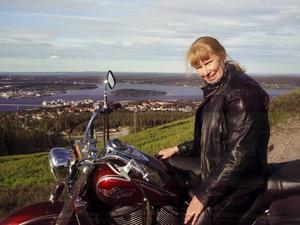 Motorcykeln är en nyfunnen kärlek.