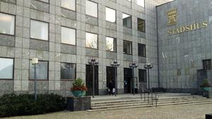 Stadshus i obalans. Enligt Moderaterna motsvarar underskottet i Västerås en skatte- höjning med en krona. Foto: VLT:s arkiv