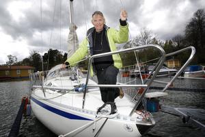 Turer med segelbåten hörtill favoritsysselsättningarna på fritiden. Nu räknar Anders Häggström med att ha mer tid över för seglatser.