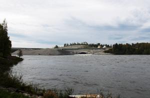 Fisket i Bergeforsen har blivit attraktivare efter det att jättepiren byggdes.