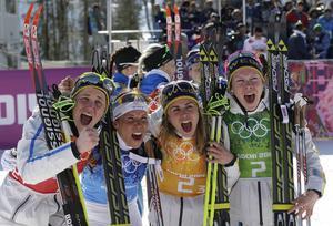 Kommer ni ihåg den här dagen? Det är två år sedan det svenska OS-stafettlaget tog hem guldet i Sotji, mycket tack vare Charlotte Kalla.
