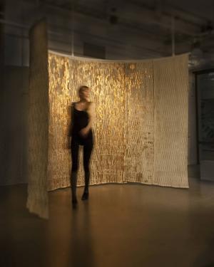 Johanna Samuelsson är en av sex designers/designerduos vars verk visas i en internationell utställning under veckan.