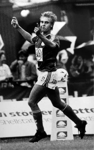 Egenfostrade Magnus Wikström bredsidade in GIF Sundsvalls hundrade mål i Allsvenskan.