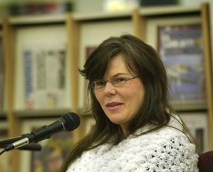 Översättaren och författaren Lina Erkelius.