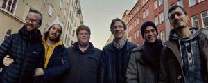 Je Suis! med Östersundstrummisen Magnus Vikberg, längst till vänster, spelar en blandning av jazz och frijazz.