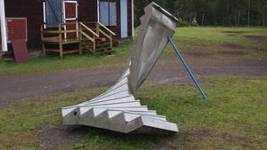 Skulpturen står vid Mimerlaven i Norberg.