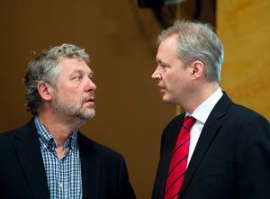 Konstitutionsutskottets ordförande Peter Eriksson under KU-utfrågningen av före detta försvarsminister Sten Tolgfors om hans styrning av Försvarsmakten.
