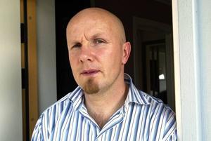 Jan-Eric Andersson har fått tillstånd att anordna en demonstration utanför Läkerol Arena samtidigt som kommunen ordnar