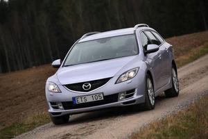 Mazda 6 Kombi 2,2 DE Sport285 000 kronor.Pålitligheten själv. Yngst i sällskapet, näst efter Insignia.