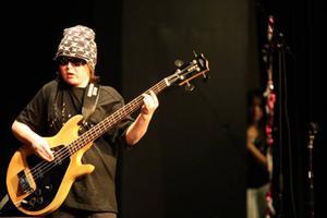 Det bjöds även på rejäl musikunderhållning när bandet O´boy spelade några Kizzlåtar.