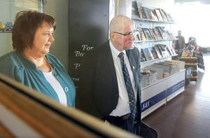 Östersunds kommunstyrelseordförande AnnSofie Andersson (S) och kommunchefen Bengt Marsh fanns bland de sex som på onsdagen flög till Bangkok. Det tar nästan ett dygn dit och lika lång tid tillbaka.