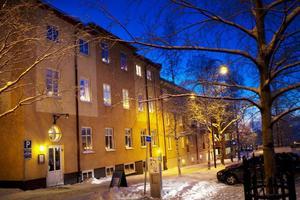 Östersunds församling tar över värmestugan. Men var verksamheten ska flyttas är oklart.
