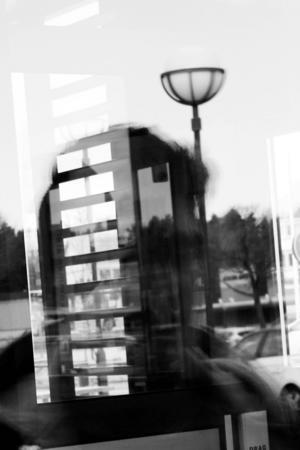Enligt Ali är det vanligt att papperslösa invandrare jobbar svart på restauranger i Gävle. Men de syns inte. De jobbar oftast ute i köket, inte i serveringen eller kassan.