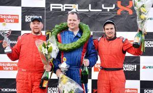 Tvåan Niclas Norström, segrande Daniel Gillberg samt trean Mattias Ohlsson.