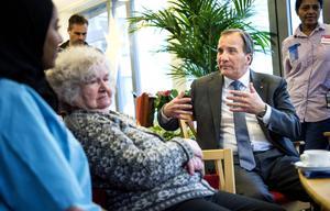 Stefan Löfvens regering satsar precis som utlovat i valrörelsen nu på trainee-platser inom vården. Men för Sandvikens kommun ställer kriterierna för statsbidraget till det.