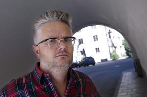 Jan Gradvall.