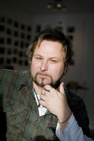 Thomas Thörnholm, producent och låtskrivare från Västerås.