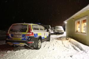Kvinnan i 70-årsåldern fördes till räddningstjänstens lokaler i Storlien där hon senare dödförklarades av läkare.