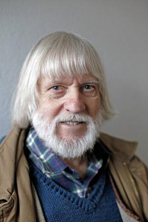 Rolf Kjellberg har skrivit en fjärde bok om Linus