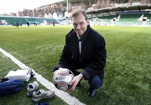 SDFF:s ordförande Mikael Torstensson hoppas att klubben tar steget upp i Elitettan igen efter två säsongen i division I. Men målsättningen för föreningen är högre än så.