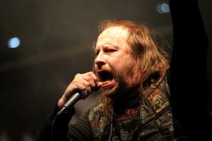 L-G Petrov, känd från Entombed, på plats på Gamrocken med nya bandet Firespawn.