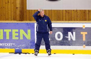 Christer Westerlund under ett ispass med Norrtälje IK säsongen 2009/2010.
