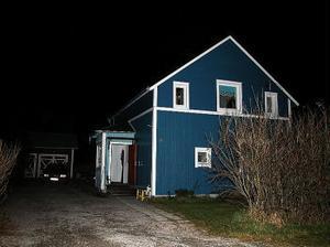 Här i Söråker slog polisen till vid 19-tiden i går kväll. En 53-årig man togs in till polisförhör.
