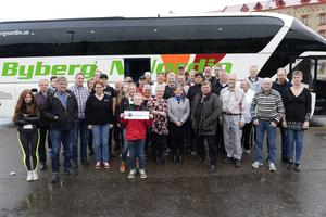 En busslast med mjölkbönder och LRF-medlemmar på väg till Stockholm för att manifestera för den svenska mjölken.