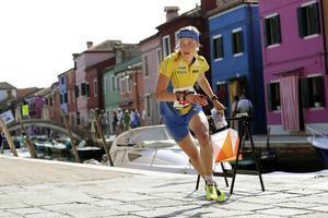 Tove Alexandersson vann sprintfinalen med över en minut före tvåan Judith Wyder.