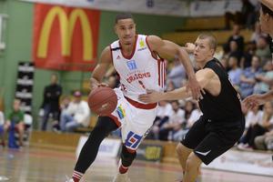 Dragons förlorade med tre poäng mot serieledande Södertälje Kings.