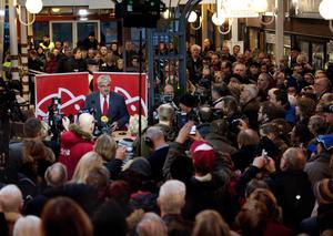 Slutet. Socialdemokraternas partiordförande Håkan Juholt meddelade sin avgång i sin hemstad Oskarshamn på lördagen.
