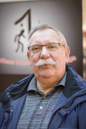 Christer Johnsson menar att Hudiksvalls natthärbärge är beroende av bidraget från kommunen.