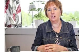Gunilla Zetterström-Bäcke tycker att det är en jämställdhetsfråga att kunna slippa delade turer och att ha heltid som norm.