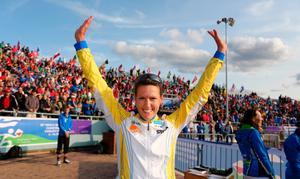 För andra året i rad ställer 38-åriga Annika Billstam upp i Skärgårdssprinten. I kväll är hon först ut i spåret i D21-klassen på Marholmen.