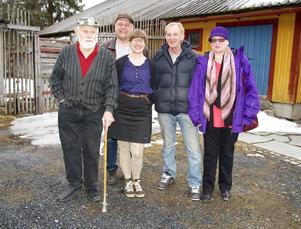 Årevänsterns styrelse tillsammans med partiets förstanamn på kommunlistan. Från vänster: Per Lund, Jan-Olof Jonsson, Kim Corein, Sune Bengtsson och Eli Tungen Jonsson.