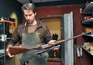 Filip Örnerkrans hantverk bygger på månghundraåriga tekniker