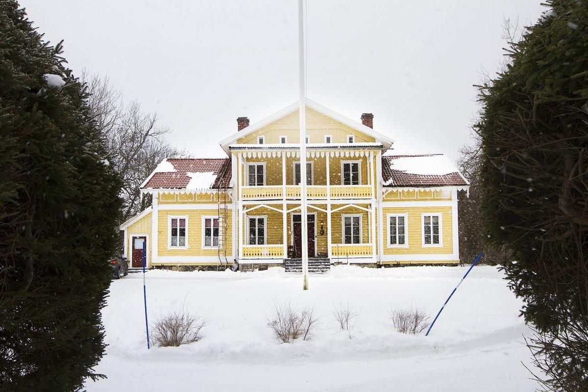 483b3a9a3f93 Titta in i Sundsvalls dyraste hus – brokig historia i herrgården som kostar  åtta miljoner