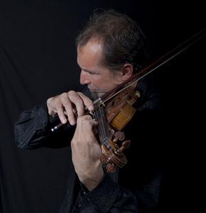 Gilles Apap show. Violinisten i världsklass visade med hela kroppen att det roligaste som finns är att spela violin