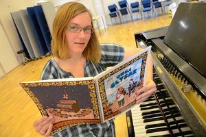 Vill inspirera. Ida Blomqvist är själv musiklärare och hoppas genom Folkmusikförbundets lärarhandledning kunna inspirera kollegor att vilja och våga undervisa i folkmusik.