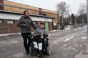 Teresa Ruutikainen och Johannes Ruutikainen tycker inte att Fagerliden välkomnar de som är funktionshindrade.