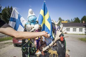 Amigo Paulo  har tillsammans med sina hundar vandrat från Portugal till Finland för att träffa jultomten.
