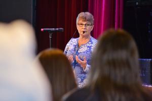 Att ha ett nätverk runt omkring sig som ger support är viktigt, sa Maud Olofsson under föreläsningen.